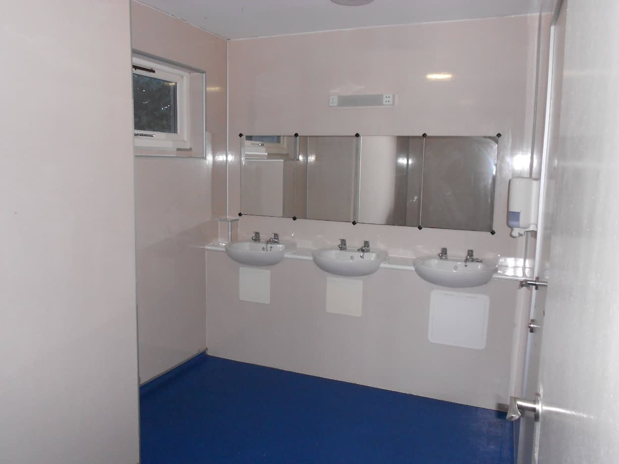 Forth Lodge toilets at Bonaly