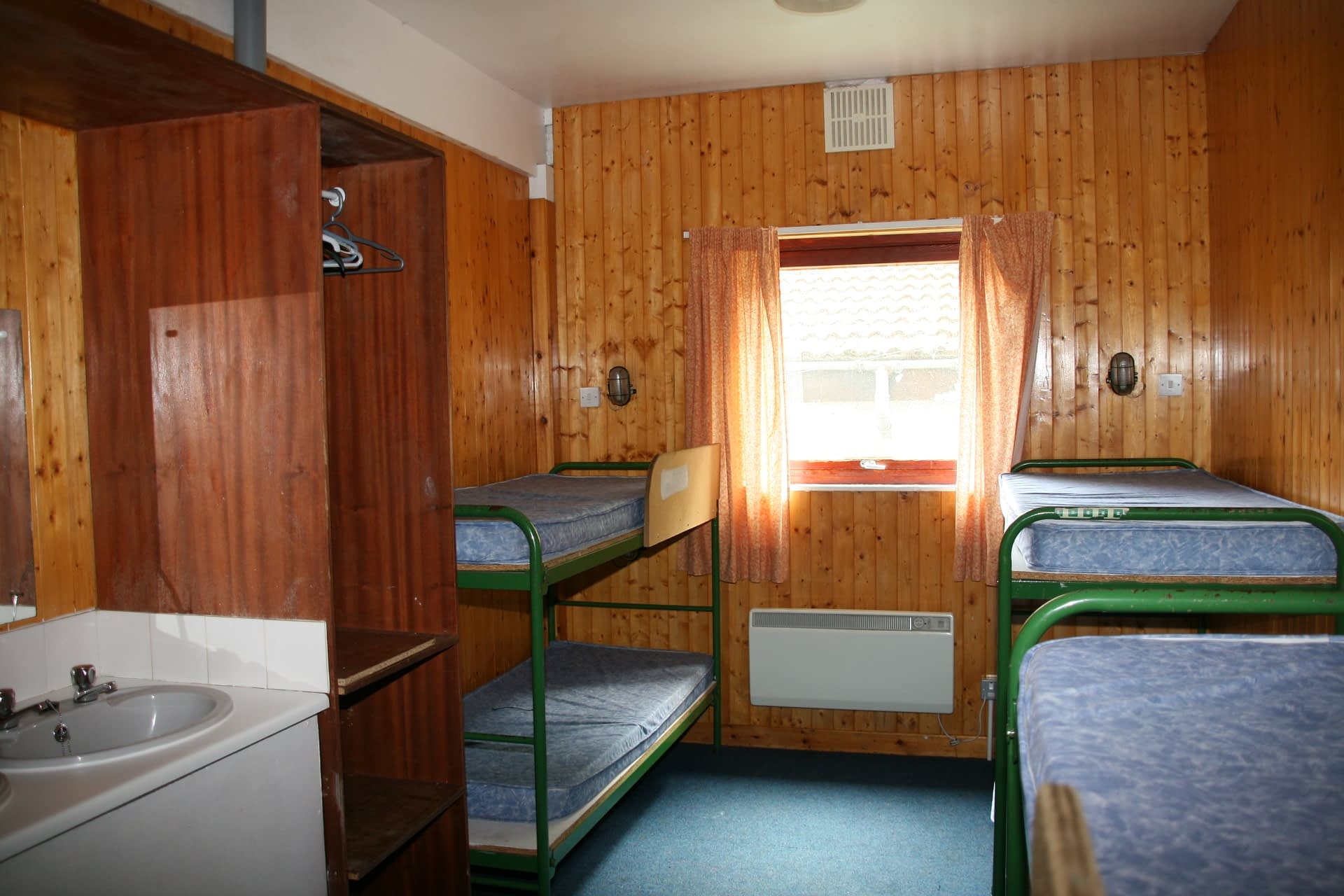 Chalet bedrooms at Bonaly